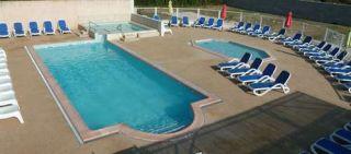 Camping du theatre romain vaison la romaine vauclure - Camping vaison la romaine avec piscine ...